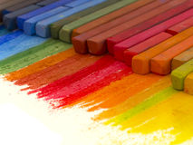Kleurrijke kleurpotloden Royalty-vrije Stock Afbeeldingen