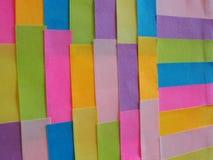 Kleurrijke kleverige nota's als achtergrond Royalty-vrije Stock Foto's
