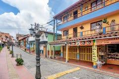 Kleurrijke Koloniale huizen in Guatape, Colombia stock afbeeldingen