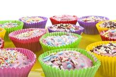 Kleurrijke kopcakes Stock Afbeeldingen