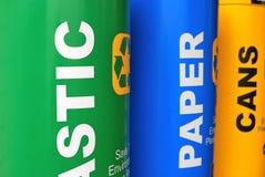 Kleurrijke kringloopbakken Stock Afbeelding
