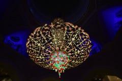 Kleurrijke Kroonluchter Stock Afbeeldingen