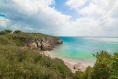 Kleurrijke kustlijn in Sardinige Stock Afbeeldingen