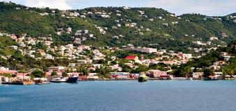 Kleurrijke kustlijn van st. Thomas Royalty-vrije Stock Afbeeldingen