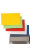 Kleurrijke lege naamkaarten in een doos Stock Foto