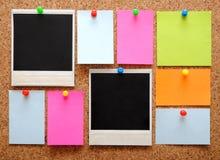 Kleurrijke lege nota's en fotoframes Royalty-vrije Stock Afbeelding