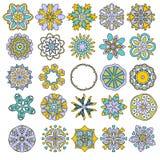 Kleurrijke mandala of ornamentinzameling over witte achtergrond Stock Illustratie