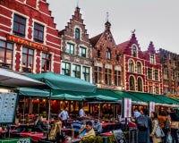 Kleurrijke middeleeuwse verhalenboekstad van Brugge Begium stock foto