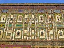 kleurrijke muur van Lahore-Fort, Lahore, Pakistan royalty-vrije stock fotografie