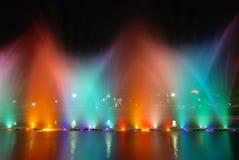 Kleurrijke muzikale fonteinen royalty-vrije stock foto