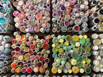 Kleurrijke naaiende knopen Stock Foto's