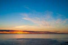 Kleurrijke oceaanzonsondergang Royalty-vrije Stock Fotografie