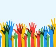 Kleurrijke omhooggaande handenachtergrond democratie vrijwilligers Eps 10 Vec Stock Afbeeldingen