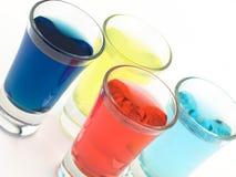 Kleurrijke Ontsproten Glazen Stock Foto's