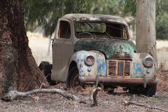 Kleurrijke oude auto Stock Foto's