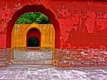 Kleurrijke oude muren Stock Afbeeldingen