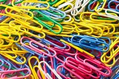 Kleurrijke paperclips Royalty-vrije Stock Fotografie