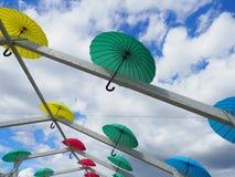 Kleurrijke paraplu's De Dag van Kyiv, een viering op Sofievskaya-Vierkant stock afbeeldingen