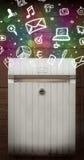 Kleurrijke pictogrammen en symbolen die uit een brievenbus barsten Stock Foto