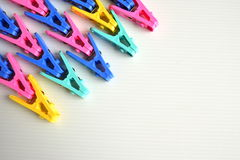 Kleurrijke Pinnen Stock Afbeelding