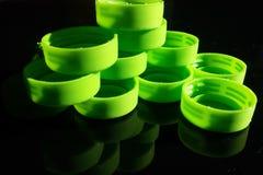 Kleurrijke plastic deksels Stock Fotografie