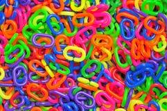 Kleurrijke Plastic Ketting Stock Afbeeldingen