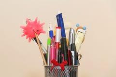 Kleurrijke potlodendoos Stock Afbeelding