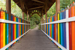 Kleurrijke potloodbrug Stock Foto's
