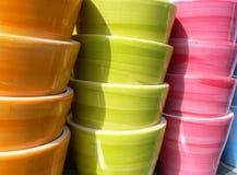 Kleurrijke potten Stock Afbeelding