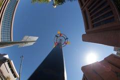 Kleurrijke Propeller in de grote stad Stock Foto