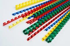 Kleurrijke rings bindende stekel Stock Afbeeldingen