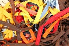 Kleurrijke ritssluitingen voor verkoop Stock Afbeelding