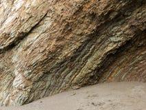 Kleurrijke rotsvorming bij Noordelijk strand 2 van Californië Royalty-vrije Stock Afbeeldingen