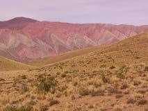 Kleurrijke rotsvorming in de Andes royalty-vrije stock foto's