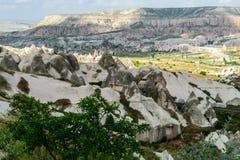 Kleurrijke rotsvormingen in Cappadocia Stock Fotografie
