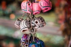 Kleurrijke schedels Mexicaanse herinneringen Stock Fotografie