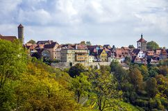 Kleurrijke stad Rothenburg ob der Tauber, Beieren stock afbeeldingen