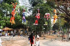 Kleurrijke standbeelden op het centrale park van Fort Cochin op India stock foto's