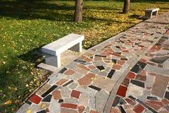 Kleurrijke steenweg Stock Foto's