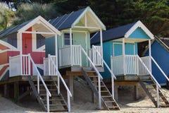 Kleurrijke strandhutten Royalty-vrije Stock Foto's