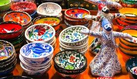 Kleurrijke stukken van aardewerk Stock Afbeelding