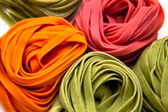 Kleurrijke tagliatelle Royalty-vrije Stock Foto's