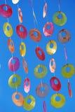 Kleurrijke vensterdecoratie royalty-vrije stock fotografie