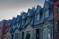 Kleurrijke Victoriaanse Huizen in Vierkant Saint Louis - Montreal, Quebec, Canada Stock Fotografie