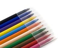 Kleurrijke vilt-uiteinde tellers die over wit worden geïsoleerdc stock afbeelding