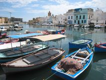 Vissersboten in de oude haven. Bizerte. Tunesië Stock Foto