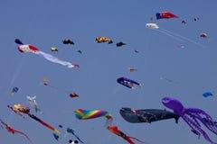Kleurrijke vliegers stock fotografie