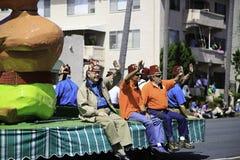 Kleurrijke Vlotter bij St. Patrick Dagparade Royalty-vrije Stock Foto's