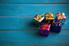Kleurrijke weinig giftdozen Royalty-vrije Stock Afbeelding