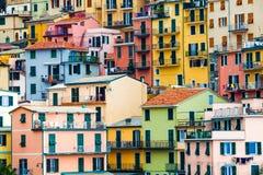 Kleurrijke woningen Volledige achtergrond met kleurrijke gebouwen Stock Foto's